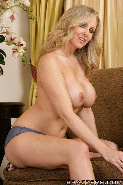 Blonde MILF wife with huge tits Julia Ann is feeling her sweet pussy