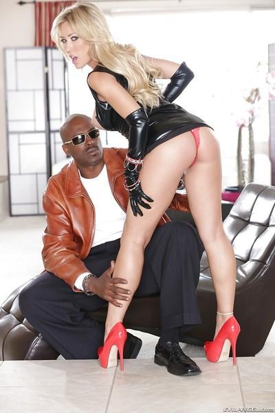 Interracial sex intercourse featuring milf slut with big tits Capri Cavalli