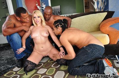Slutty MILF in stockings Shay Hendrix gets blowbanged by three black guys