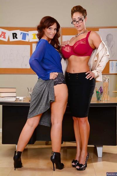 Lesbian teacher Eva Notty has her milf pussy teased by Syren De Mer