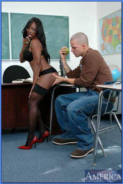 African MILF teacher Jada Fire bouncing on cock in stockings and heels