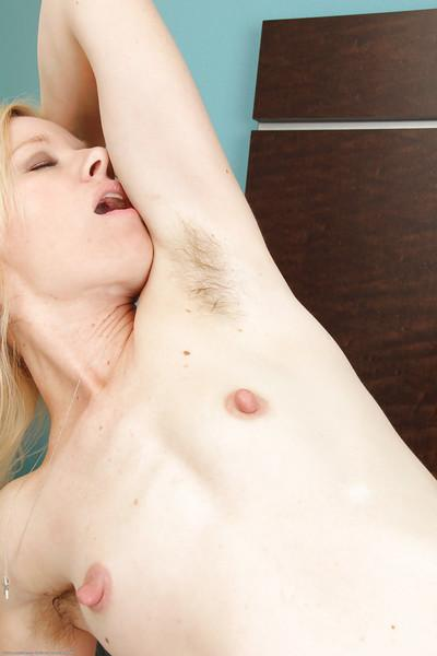 Blonde amateur Heidi Hanson spreading hairy pussy for clit licking