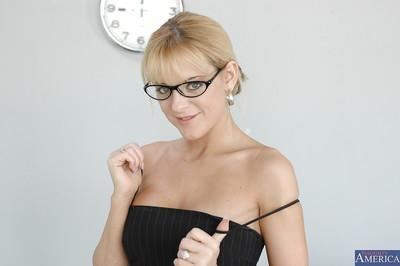 Blonde in glasses Simmers undressing and showing her titties and pussy