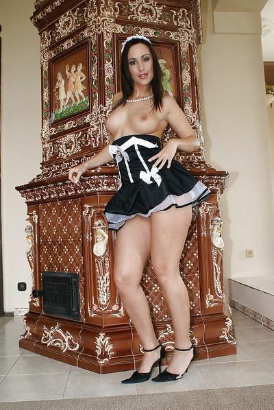 Gorgeous housemaid milf Simone in high-heels masturbates on floor