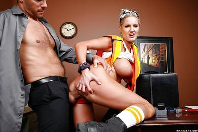 Busty MILF Zoey Holiday geves a blowjob and gets shagged hardcore