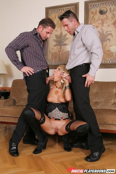 Two fuckers are banging slender milf blonde Kristy Lust in mouth