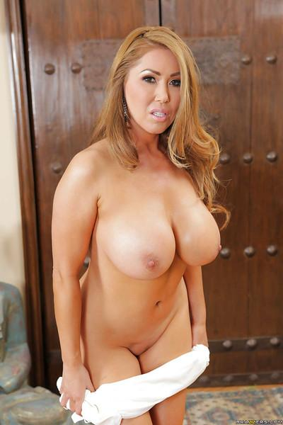 Asian milf Kianna Dior has big tits and great asses for a hot action
