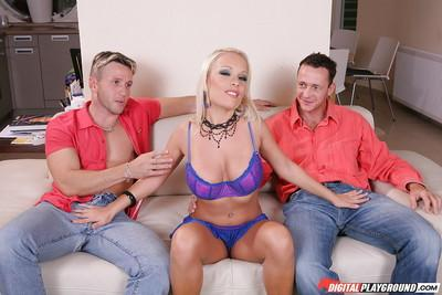 Slender milf blonde Jessica Moore is getting two tongues for her tits