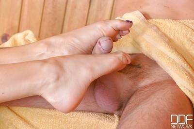 Hot and uber sexy foot model Jasmine Jae in bikini sucking large cock