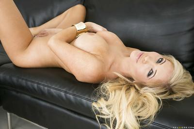 Admirable babe Tasha Reign slipping off her tiny dress and panties