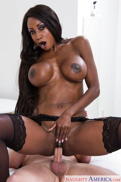 Busty black chick Diamond Jackson gives and receives interracial oral sex