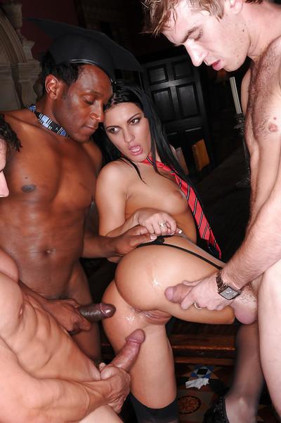 Hardcore gangbangs are no problem for lusty pornstar Honey Damon