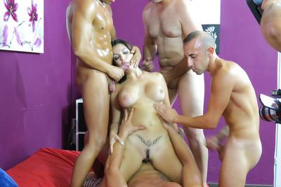 Brunette Amanda X is banging with group of dudes on the camera