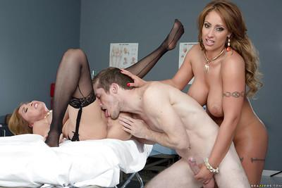 Milf nurse Eva Notty is fucked by Kianna Dior and their doctor