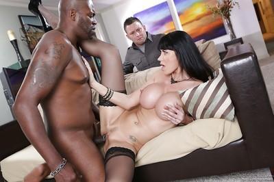 Gorgeous MILF Eva Kerara enjoys a passionate interracial twatting