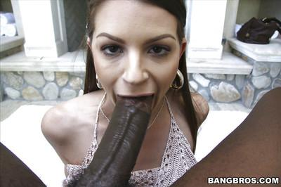 Buxom MILF Brooklyn Chase taking creampie cumshot from large black cock