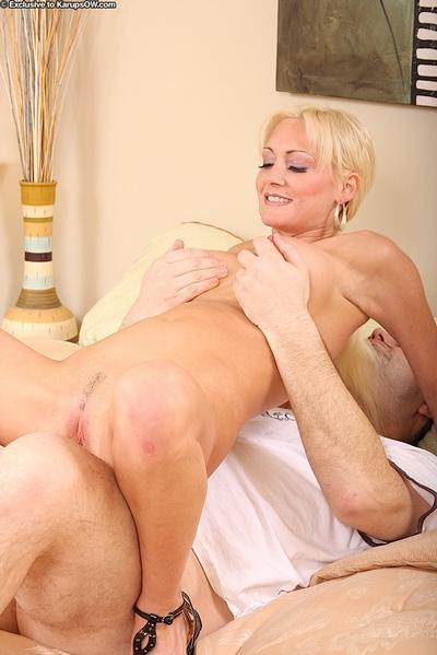 Amicable cougar Kinzie Fox adores taking part in hardcore scenes