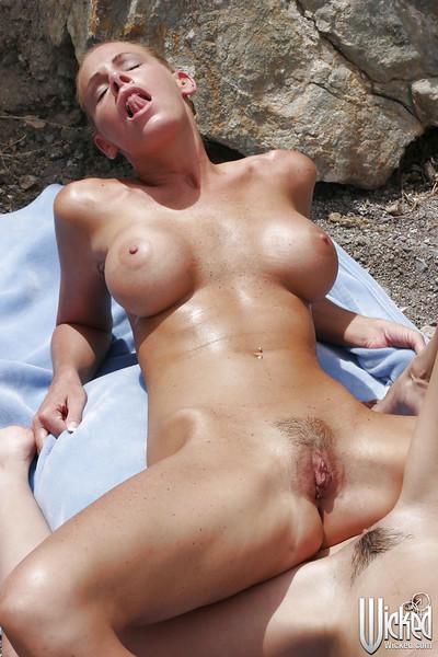 Hot pornstars Nicole Sheridan & Shy Love have a fervent lesbian sex outdoor