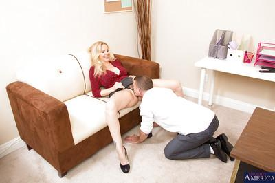 Juggy MILF gets her shaved pussy licked and shagged by her hung office mate