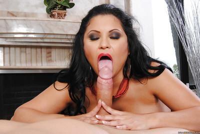 Big busted latina MILF Sophia Lomeli is into hardcore anal drilling