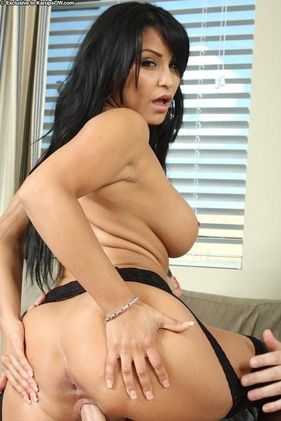 Hardcore milf Sophia Lomeli is used by ferocious beaver-cleaver