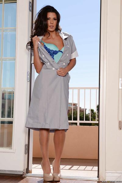 Slutty brunette maid Alexa Toman showing off her Latina curves