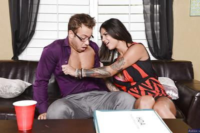 Dark-haired brunette Bonnie Rotten is getting fucked in her face