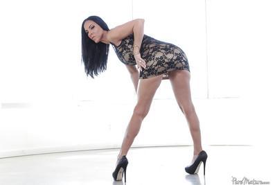 Brunette solo girl Veronica Rayne unleashing large MILF hooters