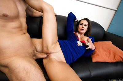 Voluptuous MILF Nora Noir gets her twat pounded hard until she squirts