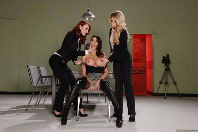 Jessa Rhodes and Kayla Carrera prepare for a Milf lesbian orgy