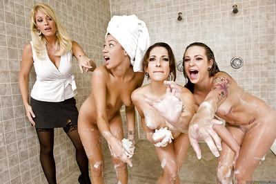 MILF babe Charlee Chase takes a bath with her lesbian girlfriends