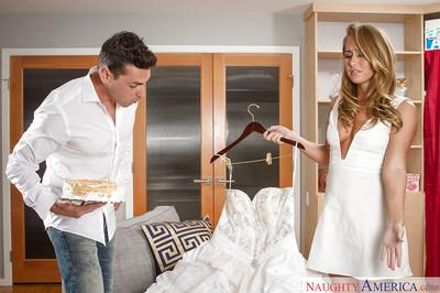 Blonde wife Carter Cruise is taking off her wedding dress and banging