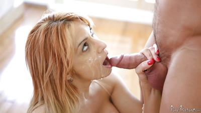 Close up blowjob reveals skillful milf with big tits Alyssa Lynn