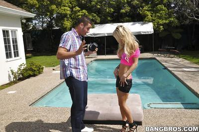 Reality milf pool outdoor posing and hardcore sex of Sarah Jessie