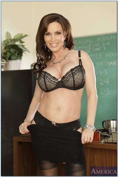 Sexy MILF teacher in lingerie is ready for a proper sex lesson
