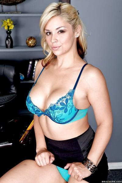 Talented babe Sarah Vandella shares her sexual energy with everybody