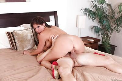 Big tits pornstar Coralyn Jewel has her milf pussy nailed hardcore