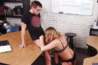 Cougar milf teacher Aurora Snow dose an amazing blowjob and handjob