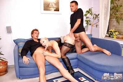 Hot milf pleases two man in a threesome with her first class blowjobs