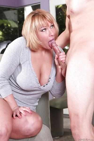 CFNM scene features non nude milf pornstar Mellanie Monroe doing blowjob