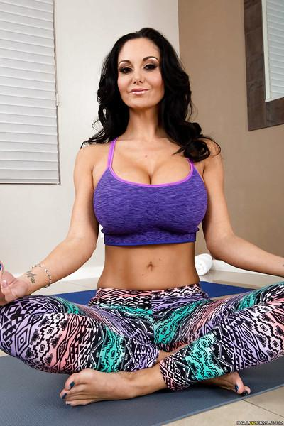 Smiley MILF in yoga pants undressing and exposing her jaw-dropping hot body