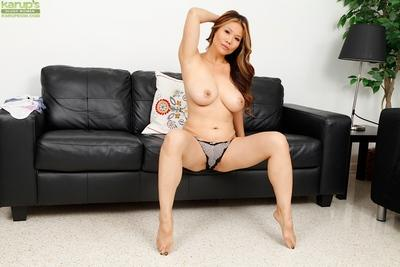 Happy Asian babe Lucy Page can