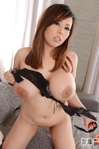 Asian milf with big tits Tigerr Benson is showing her boobies