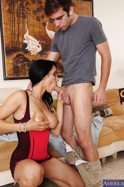 Saucy cougar Isis Love gets her pussy licked and harshly slammed