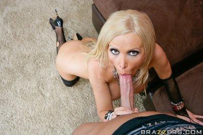 MILF pornstar with big tits Nikki Benz gets a massive cock in her cunt