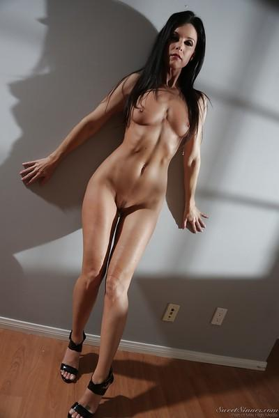 Leggy brunette MILF pornstar India Summer showing off nice legs in heels