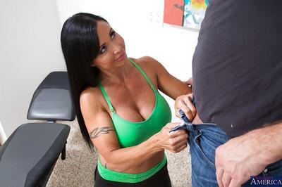 Steaming hot cougar Jewels Jade blows and fucks a huge boner