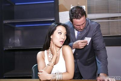 Alluring Asian beauty Asa Akira is being pounded in her anal hole