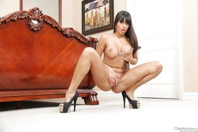 Outstanding Latina MILF Mercedes Carrera spreading her cunt in heels