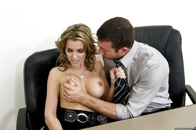 Hot MILF Courtney Cummz gives a blowjob and gets slammed in the office
